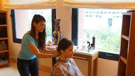 HAIR for HELP - Ανδριανή Κάσση